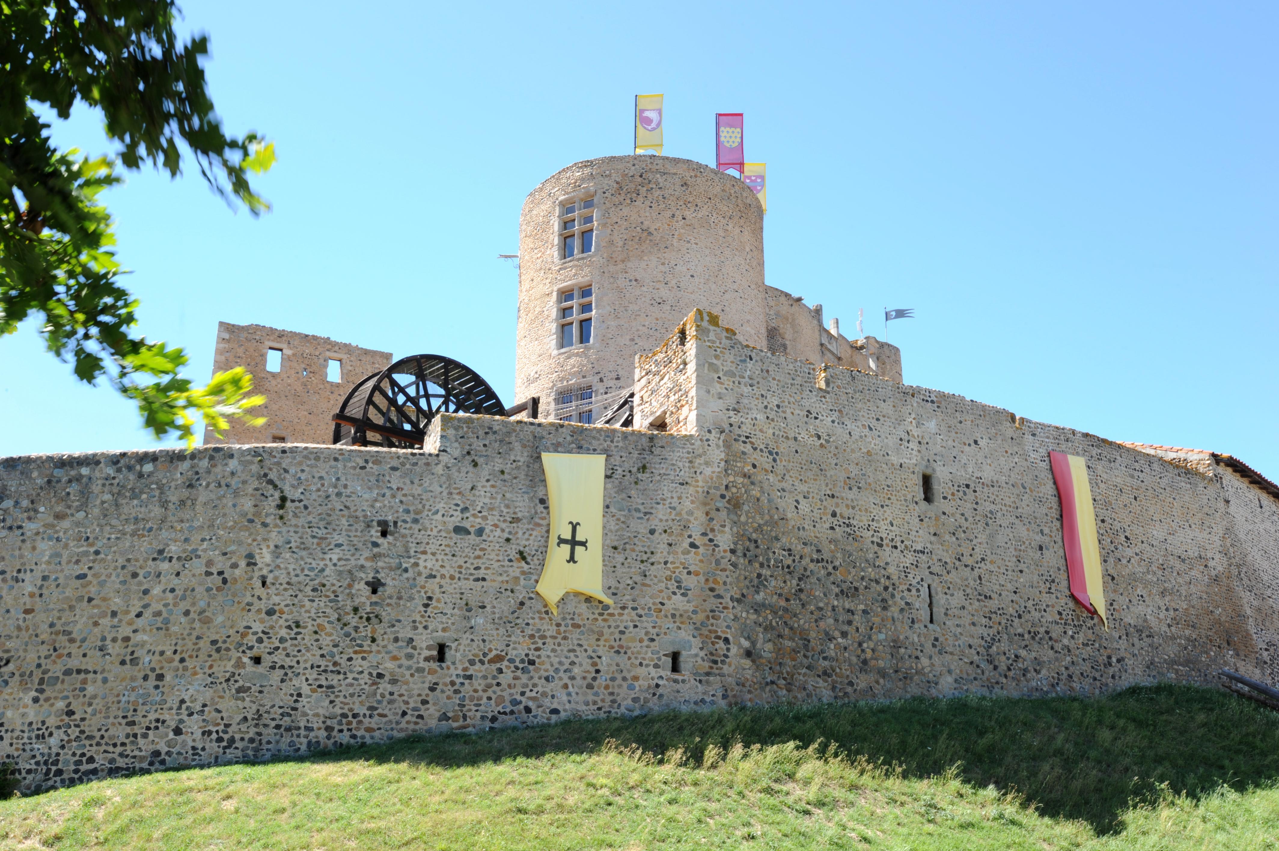 Location de salle Chateau Montrond Les Bains (Loire - 42)