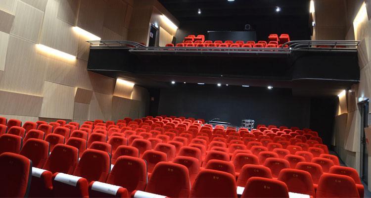 Amphithéâtre pour les entreprises au nouvel espace la Passerelle à St Just St Rambert près de St Etienne